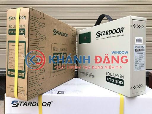 bình lưu điện cửa cuốn Stardoor STU800